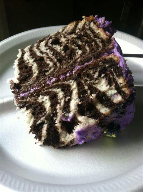 zebra pattern inside cake animal print cake w zebra stripes inside