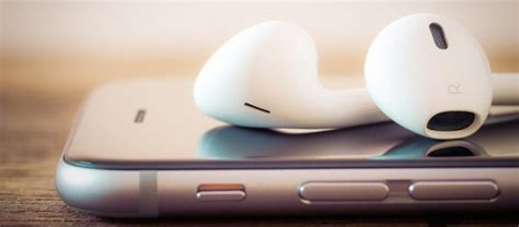 Terlaris Apple Airpod Airpods For Iphone Original 100 Promo Price apple airpods finally go on sale after much delay should be shipped next month