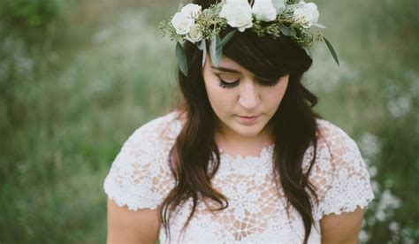 How Should You Wear Your Hair on Your Wedding Day