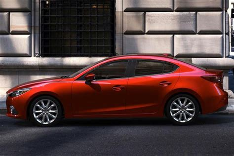2014 mazda3 vs 2014 toyota corolla which is better