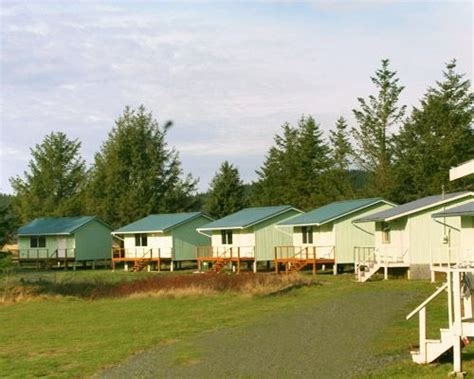 Neah Bay Cabins by