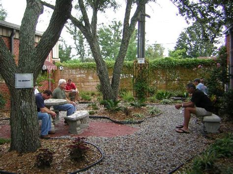 Prayer Gardens Ideas 1000 Ideas About Prayer Garden On Pinterest Memorial Gardens Gardening And Memorial Garden