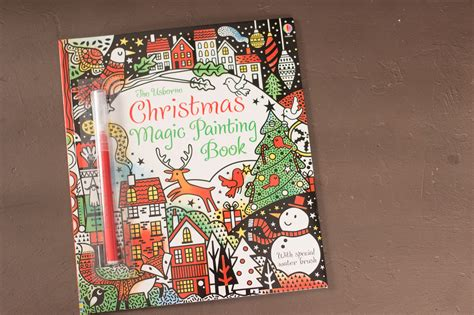 christmas magic painting book 1409595404 christmas magic painting book peek inside usborne