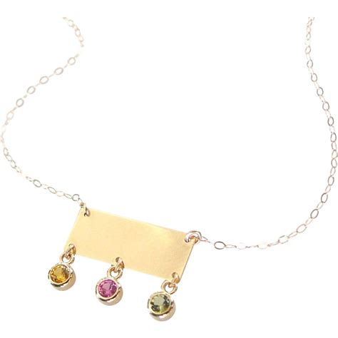 14k solid gold small rectangle nameplate necklace with