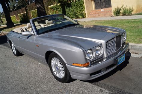 1999 bentley azure 1999 bentley azure parchment with blue piping stock 723
