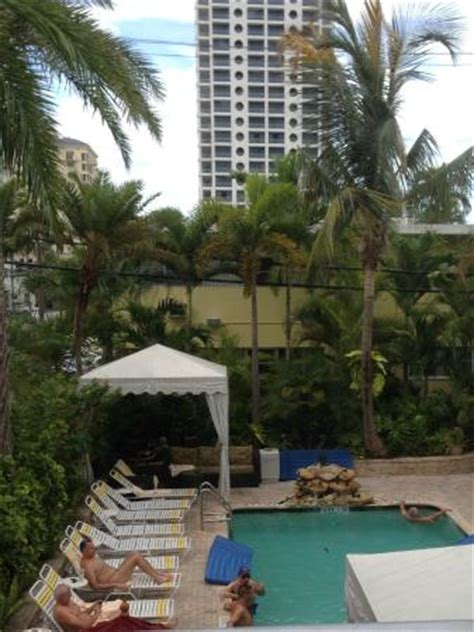 Main Pool Picture Of The Worthington Guest House Fort Lauderdale Tripadvisor