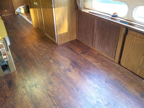 flooring lowes pergo flooring laminate flooring ratings