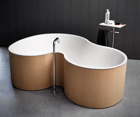 bathtub for 2 studio mk27 design a curvy bathtub for agape contemporist