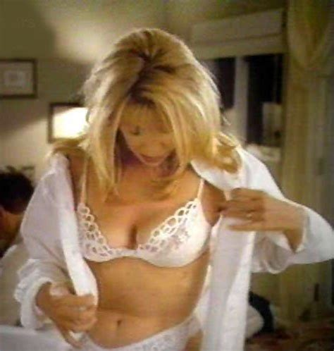 susan sommers pics suzanne somers checking things out