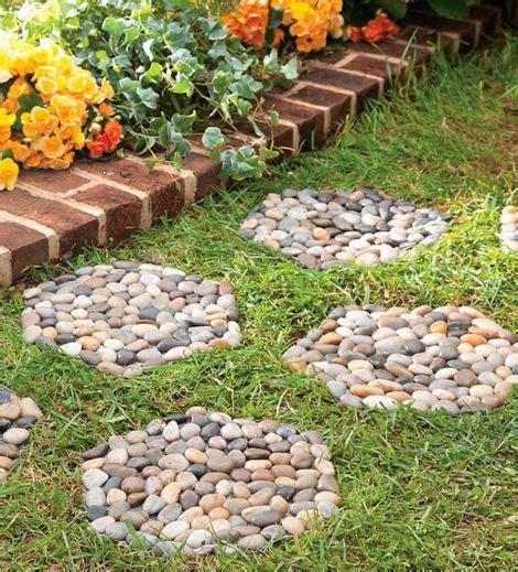 una idea  hacer  decorativo paso de jardin