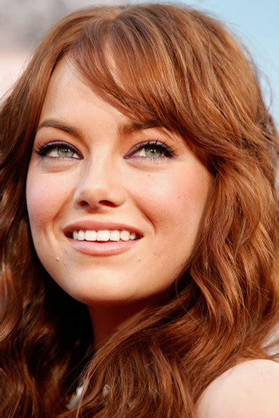 hairstyles that go past the shoulders more pics of emma stone medium curls 1 of 34 emma