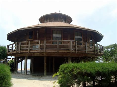this house caribbean architecture in utila anita s wanderings