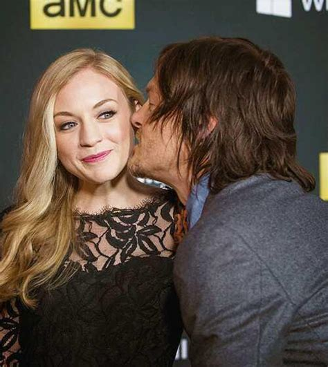norman reedus emily kinney not dating rep ny daily news who is emily kinney dating newhairstylesformen2014 com