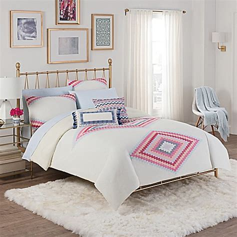 cupcakes and cashmere bedroom cupcakes and cashmere engineered kilim comforter set bed