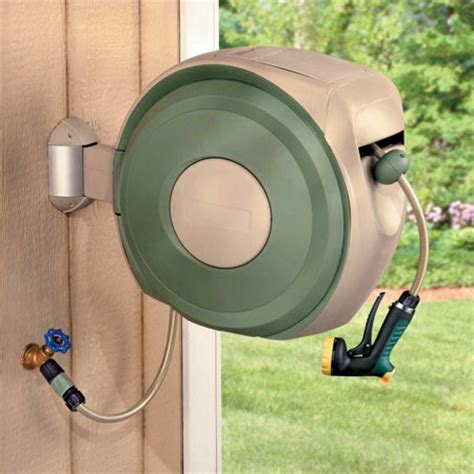 retractable hose reel