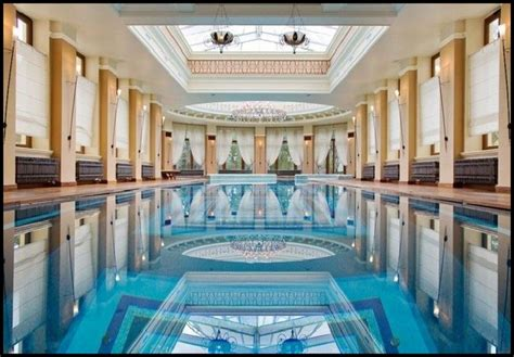 Classic Indoor Swimming Pool Designs With Pillars Indoor Swimming Pool Design Ideas
