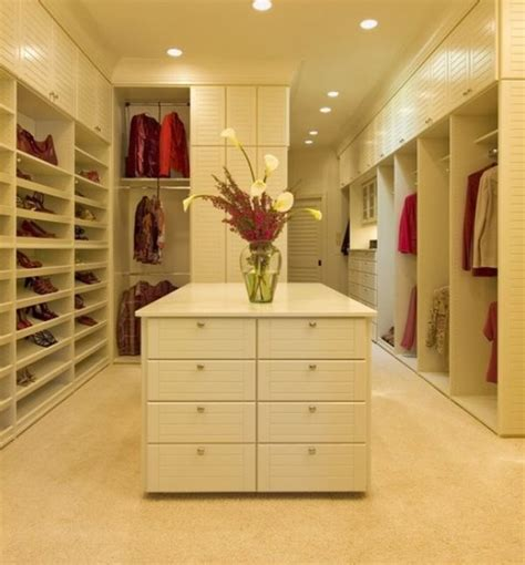 Big Closet Ideas 25 interesting design ideas and advantages of walk in closets