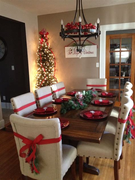 christmas dining room dinning room for the holidays tree in dinning room