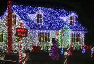 south jersey christmas light displays merefield from new jersey could be showing last lights daily mail