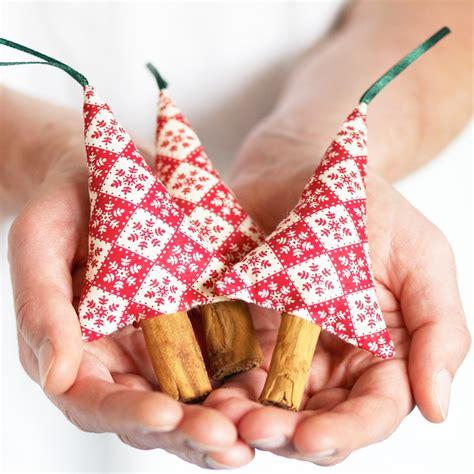 Folksy Handmade - scandinavian snowflake decorations se