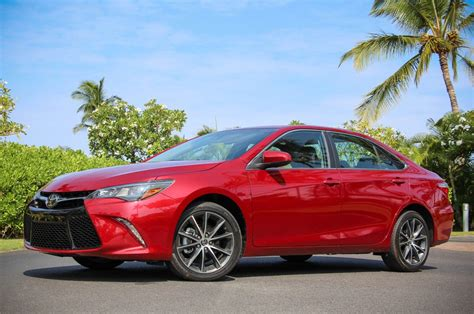 toyota camry release date price hybrid xle specs