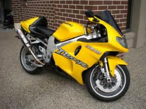 Suzuki Tl 1000 For Sale Unmellow Yellow 1998 And 2002 Suzuki Tl1000r S In
