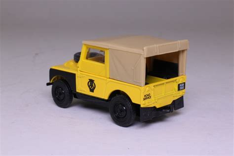 land rover matchbox dinky matchbox dy 9b 1949 land rover series 1 aa road