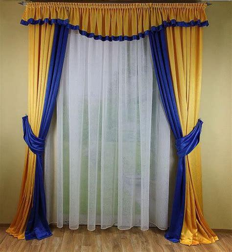 gardinen mit schals hochwertige tapeten und stoffe fensterdekoration mit 2