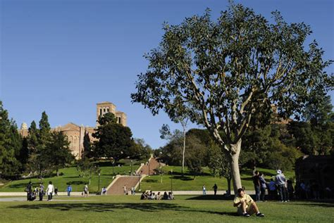 Ucla Time Mba Tuition by Ucla Faculty To Vote On Ending State Funding Of Mba