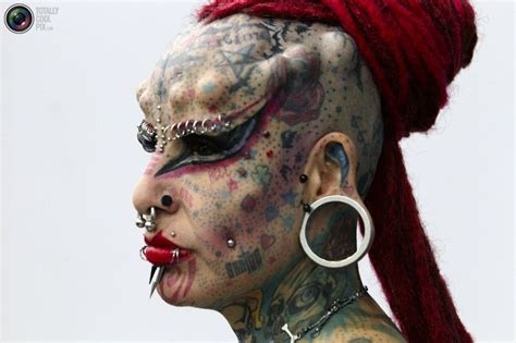 tattoo extreme expo extreme tattoos piercings and more during expo tatuaje