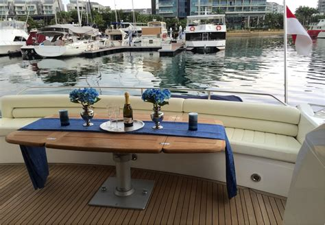 boat auctions singapore 2009 sunseeker manhattan 60 online boat auctions asia