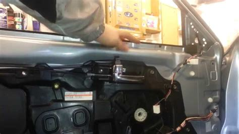 replace  broken car window car  japan