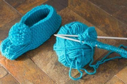 knitted bed socks pattern easy knit slipper patterns lovetoknow