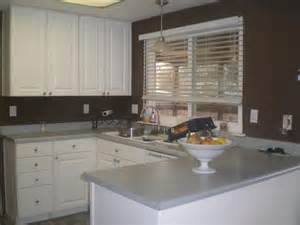 White Kitchen Cabinets With Brown Walls Brown Walls And White Cabinets Kitchen