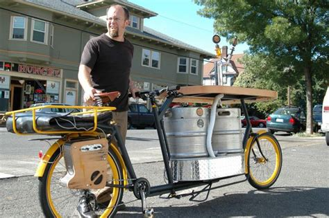 Pizza Delivery Bike Rack by Cargo Bike Abuse A Bar A Pizzeria And A Club In
