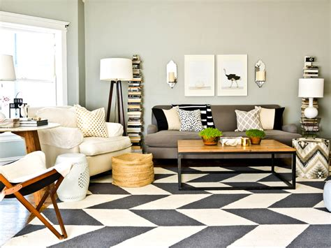 Black And White Living Room Rug by Surprising Black And White Chevron Rug 5x8 Decorating