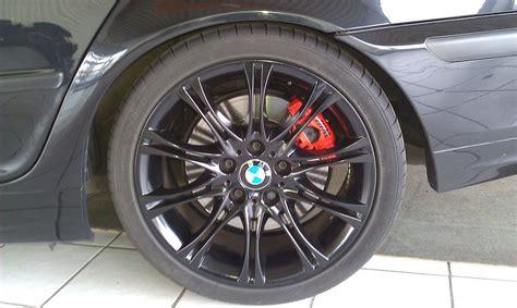 Bremssattel Lackieren Bmw F30 by Bremssattel Lackieren Und M Logo Anbringen E46 How