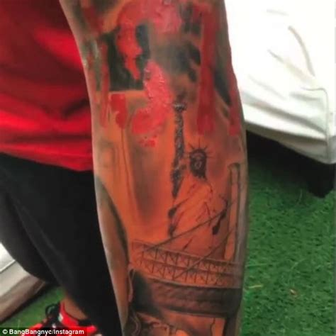 new york themed tattoo designs thierry henry shows new york themed daily