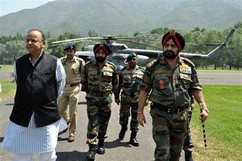 defence minister manohar parrikar visits badami bagh army cantonment arun jaitley discusses security scenario with omar