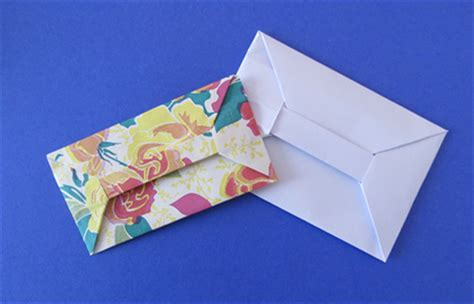 Folded Paper Envelope - how to fold an origami bar envelope