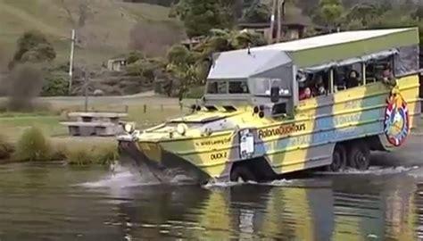 duck boat video kiwi duck boat operator says missouri tragedy wouldn t
