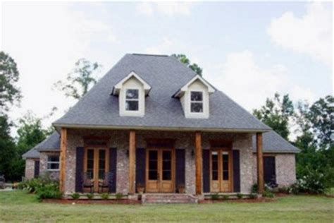 french acadian home plans acadian style homes google search house ideas