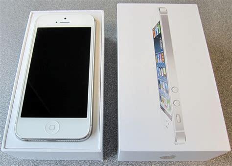 Stiker Apple Iphone 3g Kapasitas Size 16gb White Per Lembar Isi 5 89 iphone 5 white box dreamy more information iphone 5