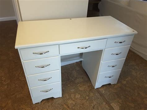 Free Solid Wood Desk Painted White North Saanich Sidney White Solid Wood Desk