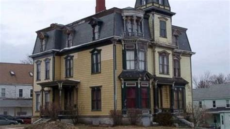 homeowner to turn massive haunted mansion into scary