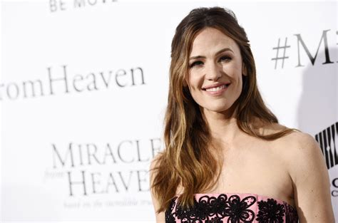 celeb taboo jennifer garner breaks a celebrity taboo by calling out