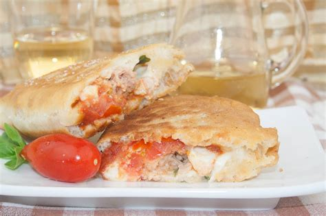 tonno cucina panzerotti al tonno e mozzarella ricette di cucina