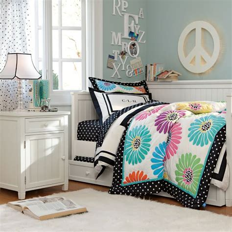 Room And Board Daybed by Beadboard Daybed Trundle Pbteen