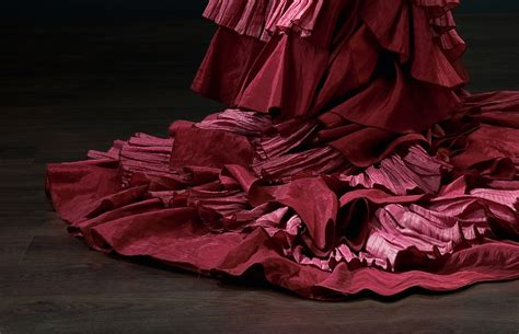 farbe bordeaux bedeutung farben symbolik rot und seine bedeutung alpina farbe