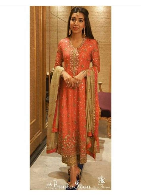 The Wardrobe Boutique Karachi by 1000 Ideas About Designer Clothes On